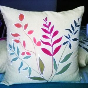 No sew pillows with painted fabric